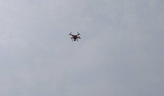 宜城市孔湾镇:无人机空中巡查 助力秸秆禁烧