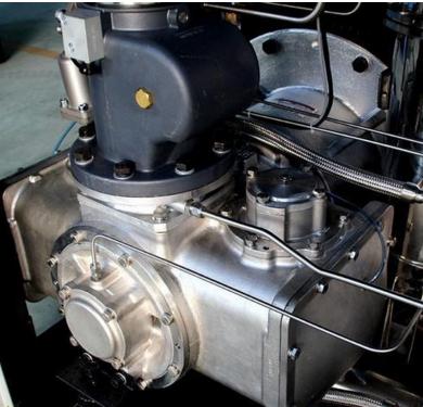 高速多级离心压缩机图片