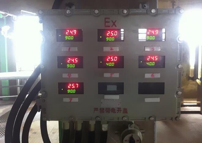 对每个型号的智能数显仪表在本防爆控制箱中配套使用,可实现测量,调控